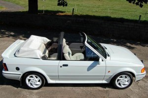 Ford_Escort_XR3i_4